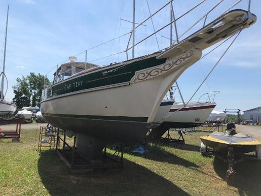 1991 Gozzard boat for sale, model of the boat is 31 & Image # 2 of 19