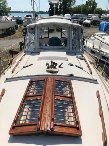 1991 Gozzard boat for sale, model of the boat is 31 & Image # 6 of 19