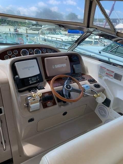 2001 Sea Ray 340 Amberjack   2 of 10