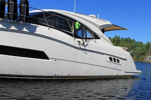 2017 Carver boat for sale, model of the boat is C37 & Image # 2 of 30