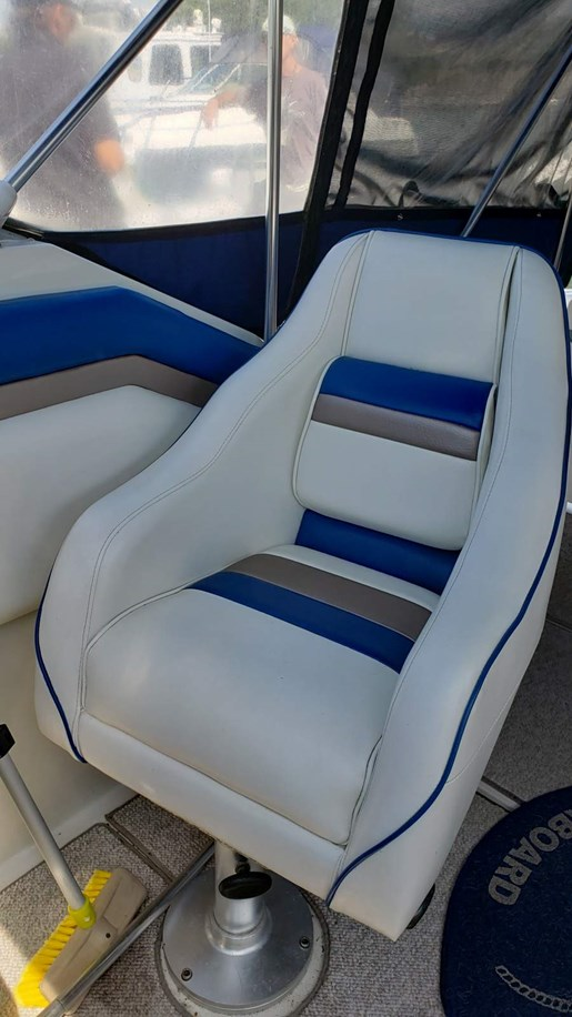 1990 Regal boat for sale, model of the boat is 265 Commodore MC & Image # 5 of 11