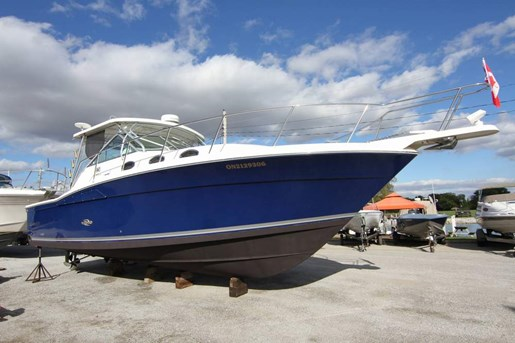 2000 Wellcraft 330 Coastal | 1 of 6