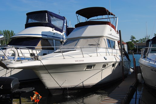 1986 Cruisers Yachts 3380 Esprit Fb For Sale