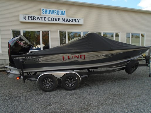 2021 Lund boat for sale, model of the boat is 2025 Impact XS Sport & Image # 15 of 16