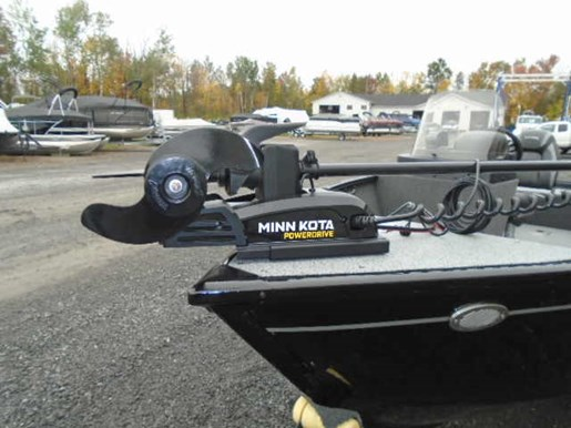 2021 Lund boat for sale, model of the boat is 1650 Rebel XL SS – For Sale – LF863 & Image # 4 of 7