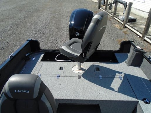 2021 Lund boat for sale, model of the boat is 1650 Rebel XL Sport & Image # 3 of 9