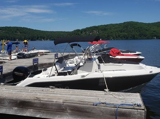 For Sale: 2020 Robalo R180 18ft<br/>Pride Marine - Ottawa