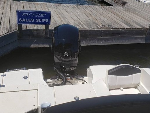 2020 Robalo boat for sale, model of the boat is R180 & Image # 4 of 5