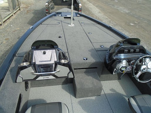 2021 Lund boat for sale, model of the boat is 2075 Pro V Bass XS & Image # 5 of 9