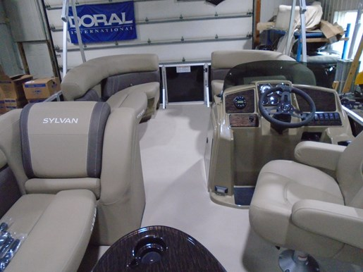 2021 Sylvan boat for sale, model of the boat is 820 Mirage Cruise LZ & Image # 2 of 5