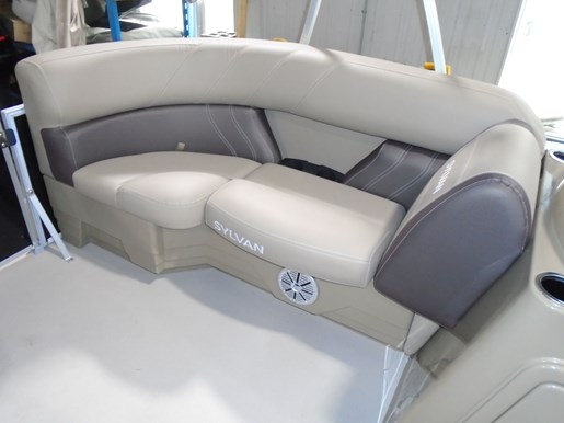 2021 Sylvan boat for sale, model of the boat is 820 Mirage Cruise LZ & Image # 3 of 5