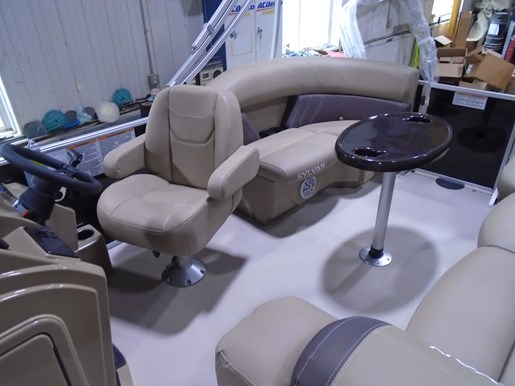 2021 Sylvan boat for sale, model of the boat is 820 Mirage Cruise LZ & Image # 4 of 5