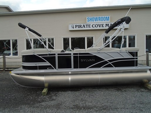 2021 Sylvan boat for sale, model of the boat is 8520 Mirage Cruise & Image # 3 of 8