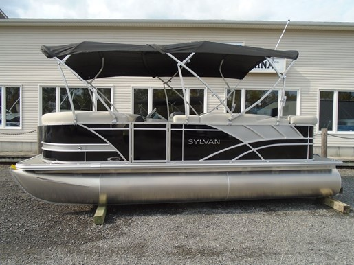 2021 Sylvan boat for sale, model of the boat is 8520 Mirage Cruise & Image # 2 of 8