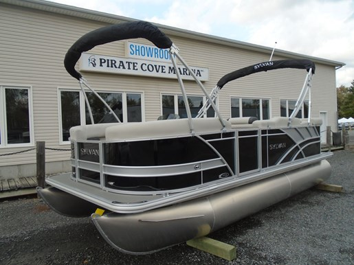 2021 Sylvan boat for sale, model of the boat is 8520 Mirage Cruise & Image # 6 of 8