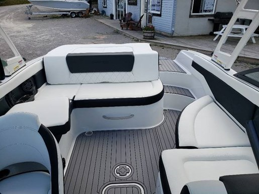 2021 Bryant boat for sale, model of the boat is C1 SURF & Image # 6 of 7