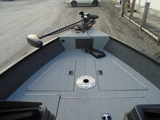2021 Lund boat for sale, model of the boat is 1650 Angler Sport & Image # 3 of 6