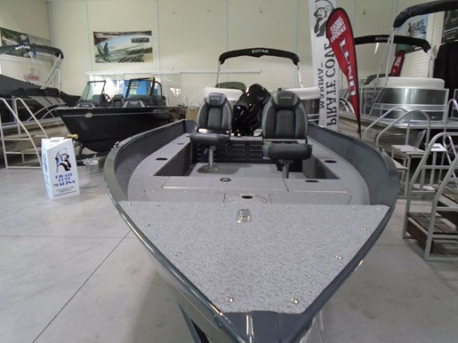 2021 Lund boat for sale, model of the boat is 1650 Angler Tiller & Image # 2 of 7