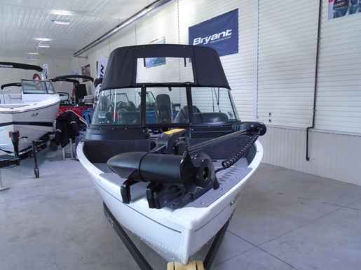 2021 Lund boat for sale, model of the boat is 1650 Angler Sport & Image # 6 of 6