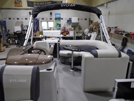 2021 Sylvan boat for sale, model of the boat is 818 Mirage Cruise & Image # 3 of 7