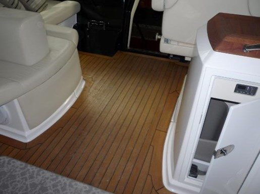 2008 Regal boat for sale, model of the boat is 52 Sport Coupe & Image # 8 of 23