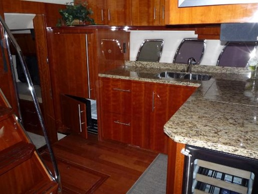 2008 Regal boat for sale, model of the boat is 52 Sport Coupe & Image # 16 of 23
