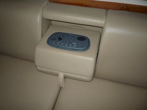 2008 Regal boat for sale, model of the boat is 52 Sport Coupe & Image # 20 of 23