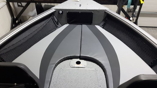 2021 Lund boat for sale, model of the boat is 1875 Impact XS – LF917 & Image # 3 of 7