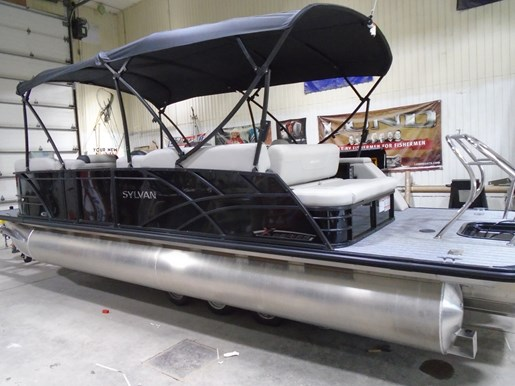 2021 Sylvan boat for sale, model of the boat is X5 CLZ PR25 TriToon – SYLP125 & Image # 2 of 8