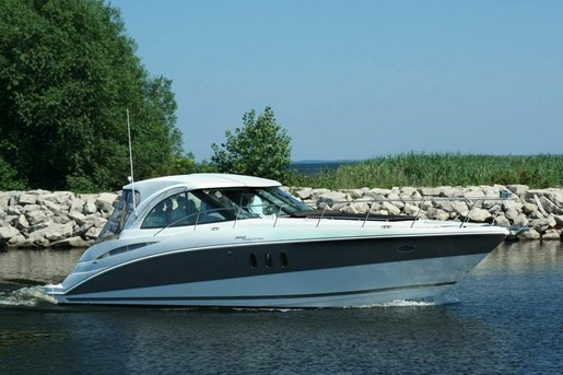2010 Cruisers Yachts boat for sale, model of the boat is 390 Sports Coupe & Image # 1 of 10
