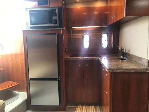 2010 Cruisers Yachts boat for sale, model of the boat is 390 Sports Coupe & Image # 6 of 10