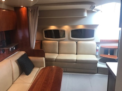 2010 Cruisers Yachts boat for sale, model of the boat is 390 Sports Coupe & Image # 7 of 10