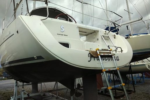 2009 Beneteau boat for sale, model of the boat is 34 & Image # 5 of 17