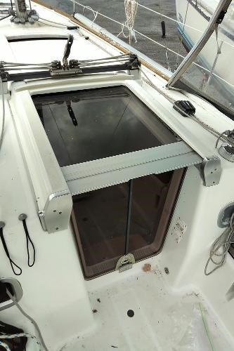 2009 Beneteau boat for sale, model of the boat is 34 & Image # 17 of 17