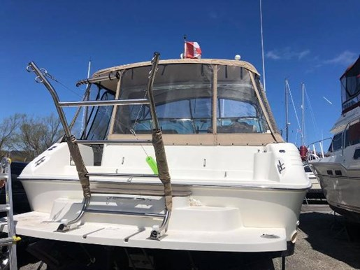 1996 Sea Ray boat for sale, model of the boat is 400 Express Cruiser & Image # 5 of 19