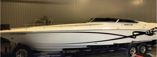 2005 Fountain boat for sale, model of the boat is 35 Lightning & Image # 1 of 4