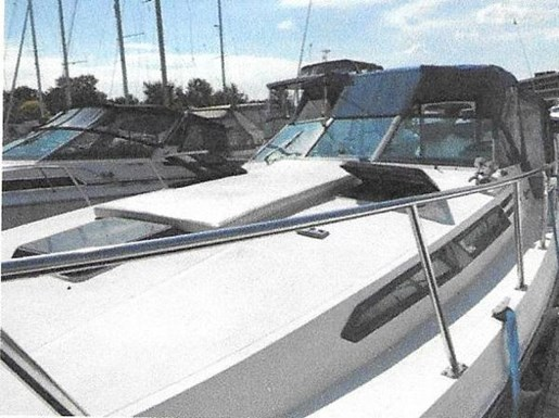 1979 Bayliner boat for sale, model of the boat is 32 Conquest & Image # 2 of 7