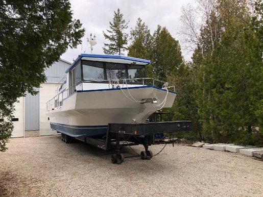 1980 Custom boat for sale, model of the boat is House Boat Cruiser & Image # 2 of 55