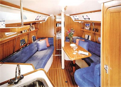 1997 Catalina Yachts boat for sale, model of the boat is 320 & Image # 2 of 20
