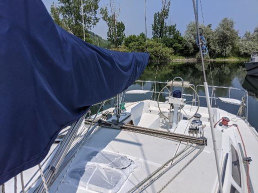 1997 Catalina Yachts boat for sale, model of the boat is 320 & Image # 20 of 20