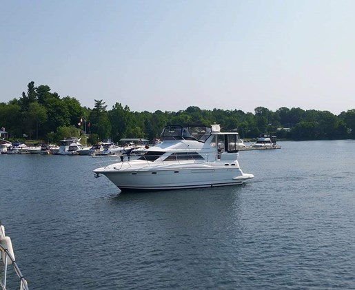 1999 Cruisers Yachts boat for sale, model of the boat is 3750 Motor Yacht & Image # 4 of 21