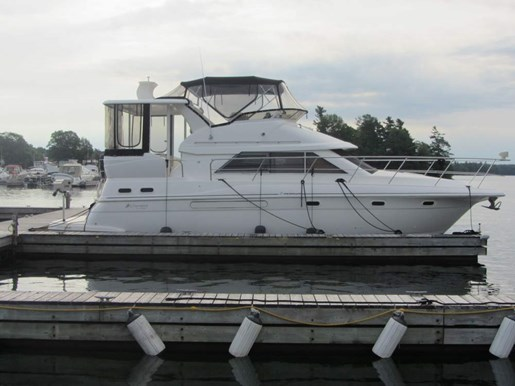 1999 Cruisers Yachts boat for sale, model of the boat is 3750 Motor Yacht & Image # 3 of 21