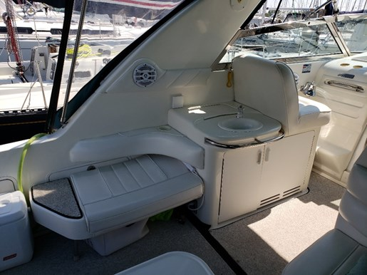 1996 Sea Ray boat for sale, model of the boat is 370 Sundancer MC & Image # 5 of 13