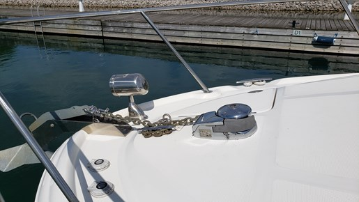 2008 Sea Ray boat for sale, model of the boat is 320 Sundancer & Image # 4 of 23