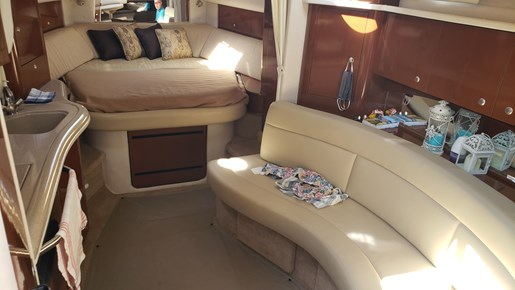 2008 Sea Ray boat for sale, model of the boat is 320 Sundancer & Image # 11 of 23