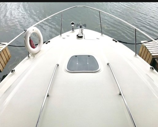 2003 Sea Ray boat for sale, model of the boat is 340 Sundancer & Image # 3 of 11