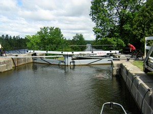 Touring ByBoat RideauCanal LongLocks