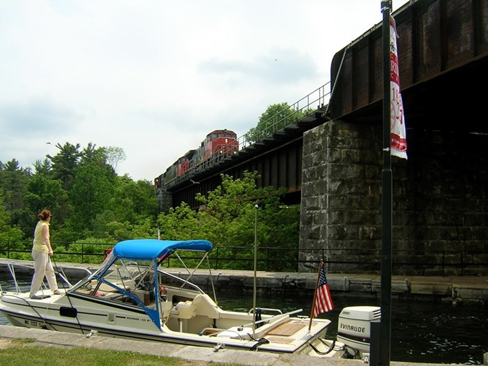 Touring ByBoat Rideau Canal