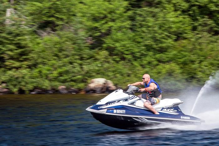 2016 Yamaha Waverunner VX Deluxe Review riding hard