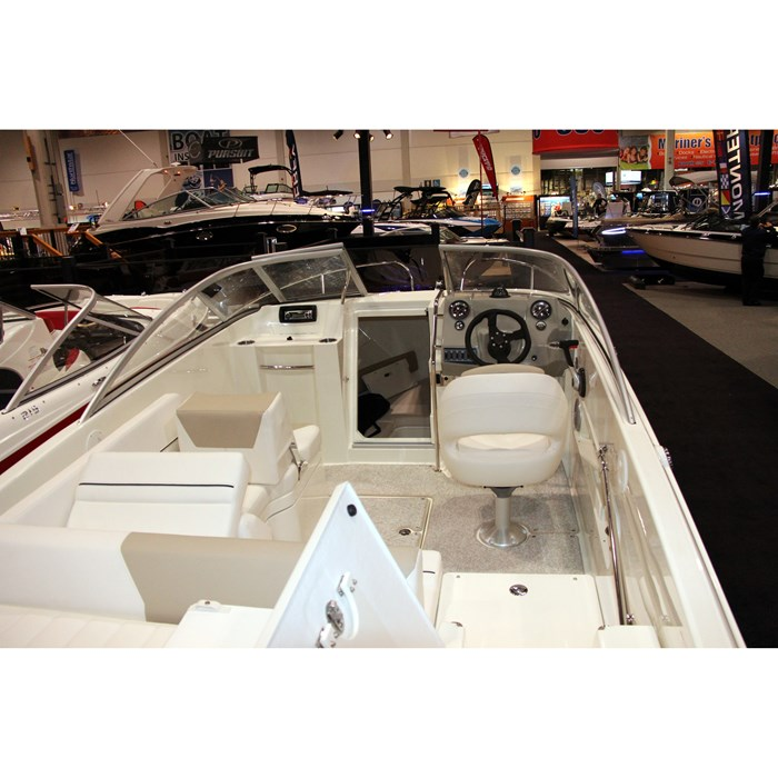 bayliner 642 layout